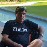 ALTIS-Head-Track-Coach-Dan-Pfaff[1]